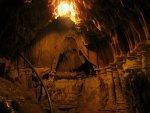 Внутри пещеры Эмине-Баир-Хосар (Мамонтовая)